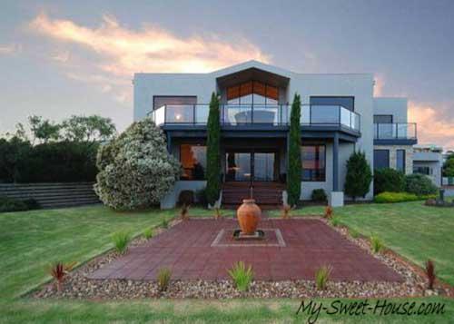 sweet house facade