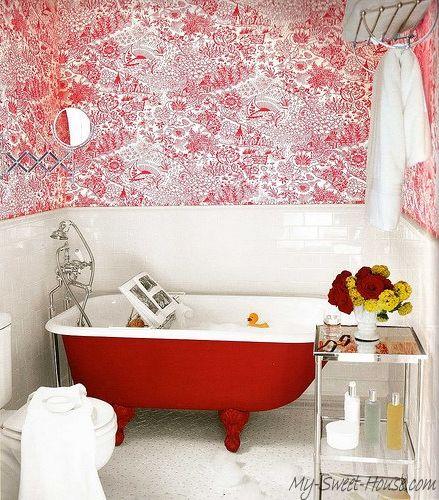 Bathroom_designed_in_red_color-1