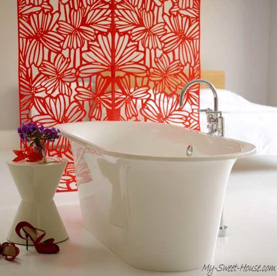 Bathroom_designed_in_red_color-3