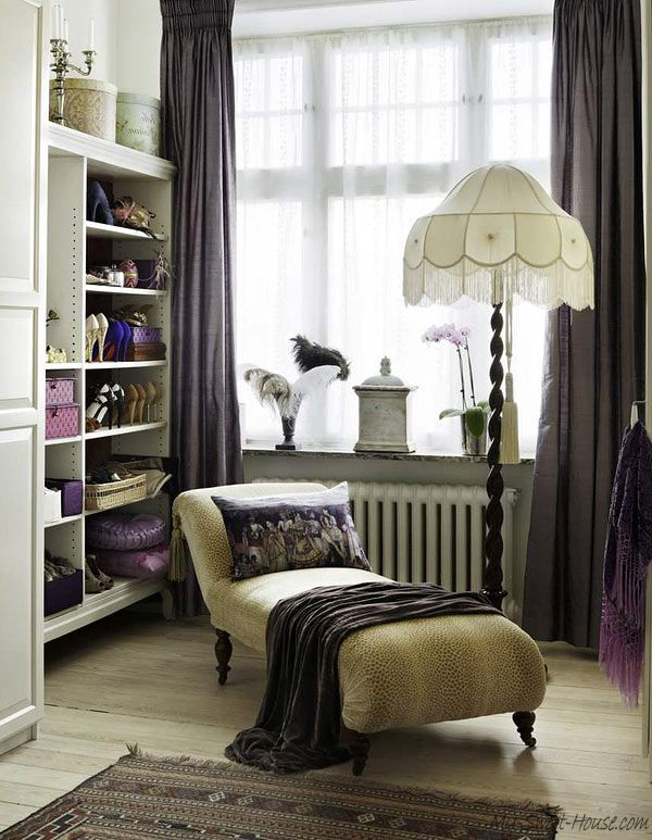 special-female-wardrobe-room-1