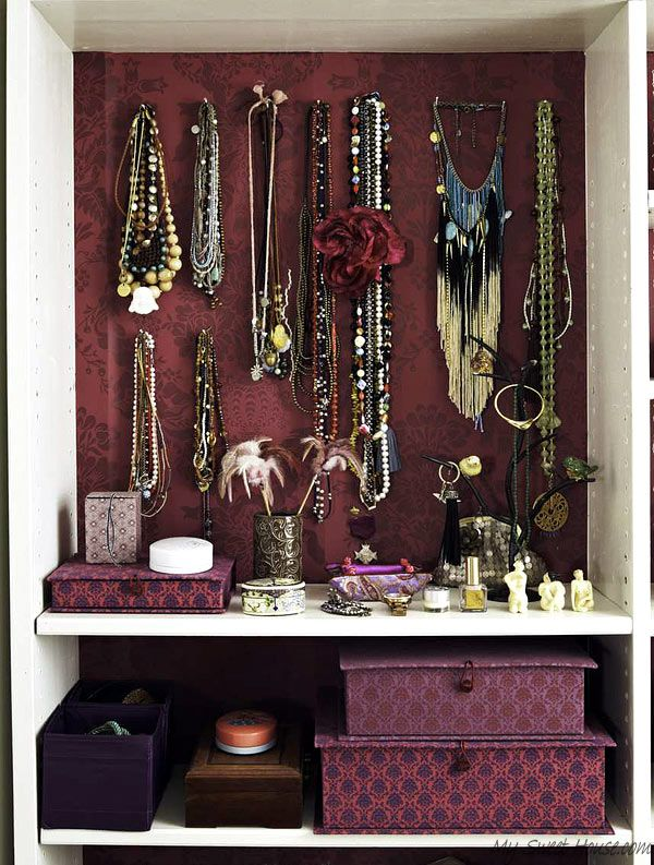 Wardrobe room specifically designed for a female MySweetHouse