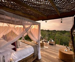 Hotel Lion Sands Game Reserve in the very heart of Africa