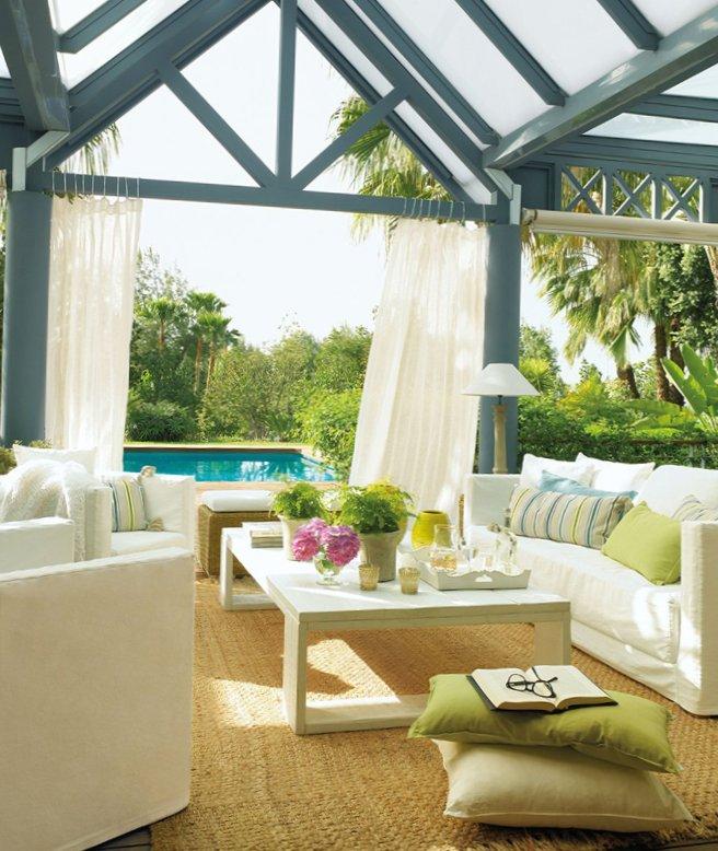 Beautiful and soft colored veranda design from El Mueble