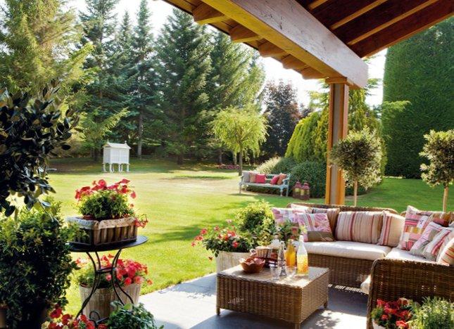 Garden Terrace Design from El Mueble