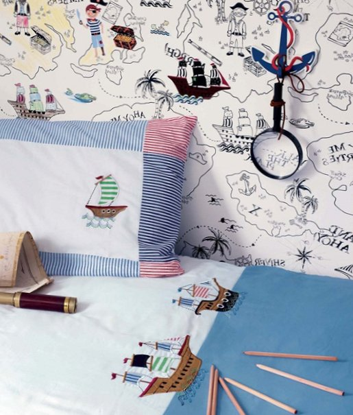 Accessories for kids rooms from Laura Ashley 12
