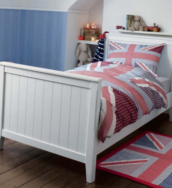 Accessories for kids rooms from Laura Ashley 2