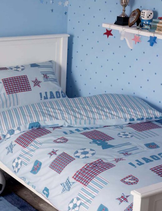 Accessories for kids rooms from Laura Ashley 4
