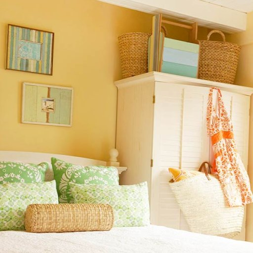 Colourful bedrooms-11