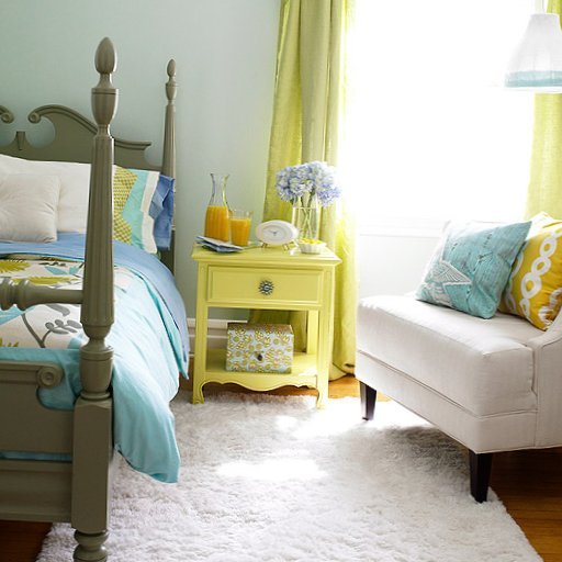 Colourful bedrooms-12