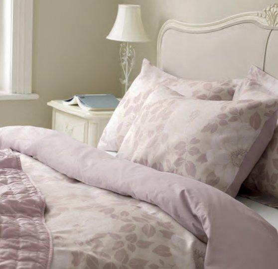 English bedrooms Laura Ashley-14