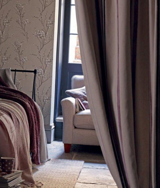 English bedrooms Laura Ashley-23