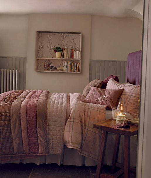English bedrooms Laura Ashley-5