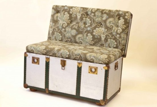 Furniture created from suitcases - Idea 4