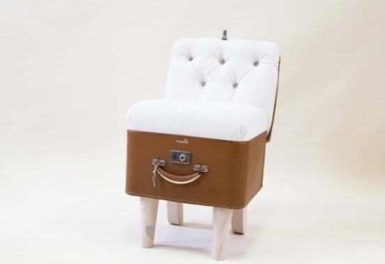 Furniture created from suitcases - Idea 7