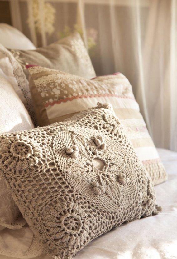 Gentle bedroom-4