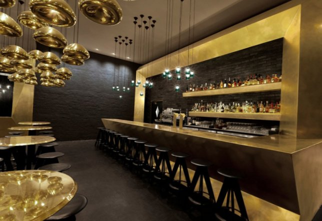 Gold as stylish element in the interior-9