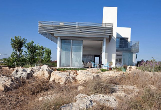 House near the Mediterranean sea in Israel-The house is near the Mediterranean sea in Israel-1