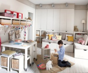 Kids room for 3 boys designed in calm colors - 1