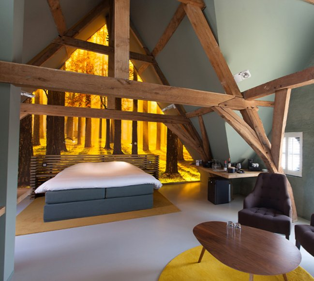 La Suite Sans Cravate in Bruges (Belgium)-1