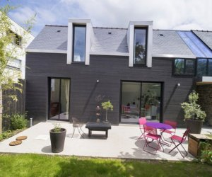 Little house in France: pictures and design ideas