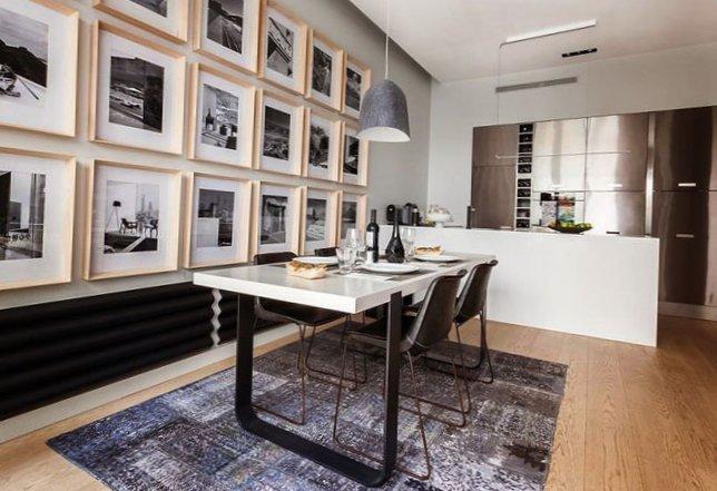 Parisian apartment with a cozy veranda-6