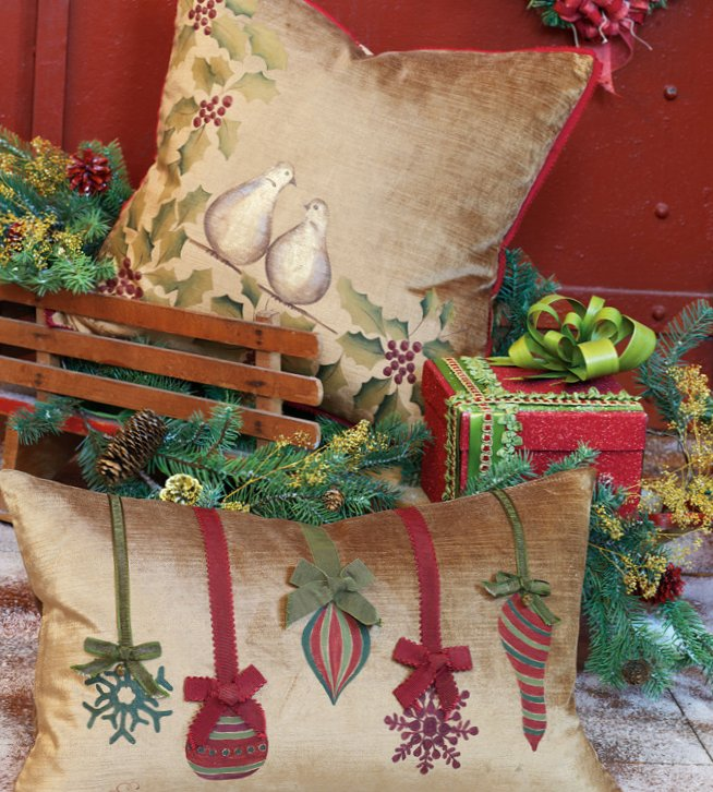 Pillows for holidays-16