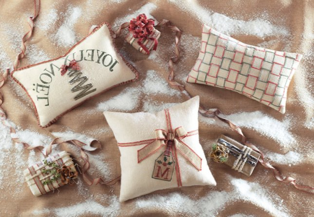 Pillows for holidays-9
