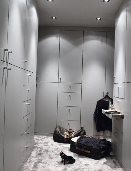 Stylish grey color in interior design in Norway 9
