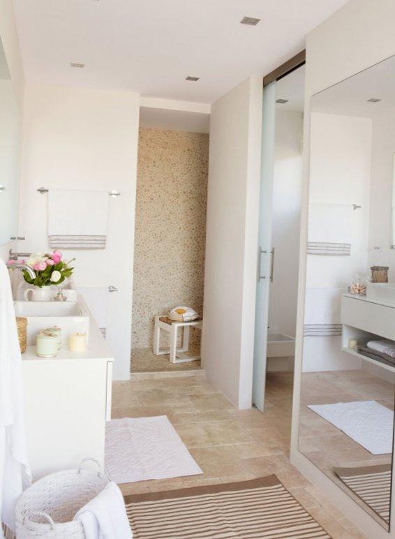 Sunny bathroom design-7