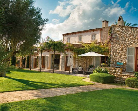 Sunny house in Majorca-1