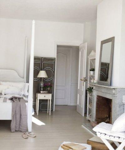 White interior in Madrid-10