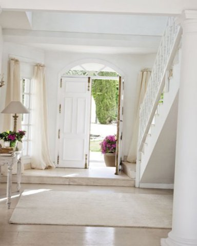 White interior in Madrid-14