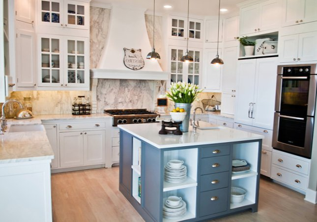 Wonderful kitchen with an island-6