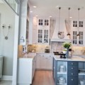 Wonderful kitchen with an island-thumbnail