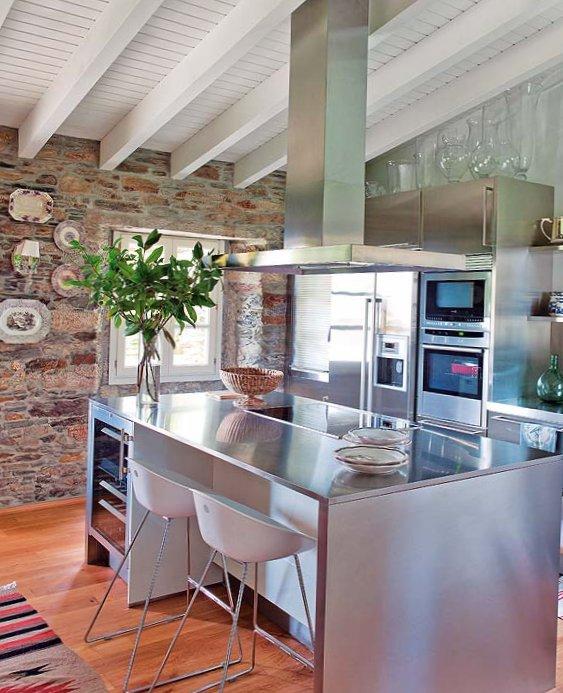 Wonderful stone interior in Spain-10