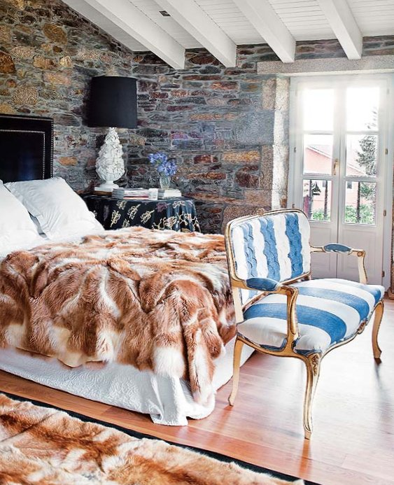 Wonderful stone interior in Spain-12