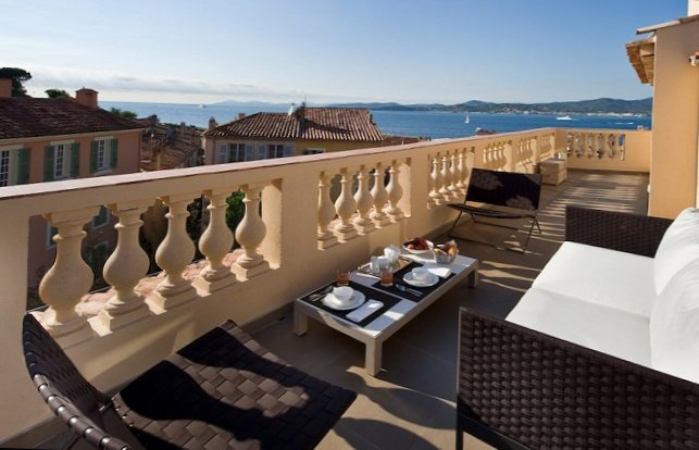 Apartments in the old centre of Saint-Tropez-18