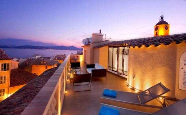 Apartments in the old centre of Saint-Tropez-2