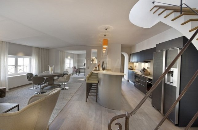 Apartments in the old centre of Saint-Tropez-4