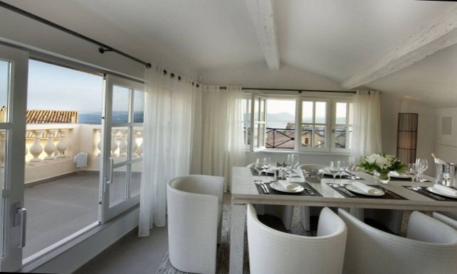 Apartments in the old centre of Saint-Tropez-5