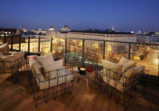 25-Hours-Hotel-Spectacle-Vienna-2.jpg