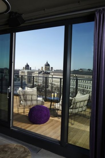 25-Hours-Hotel-Spectacle-Vienna-9.jpg