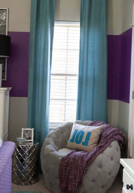 A-small-but-bold-bedroom-2.jpg