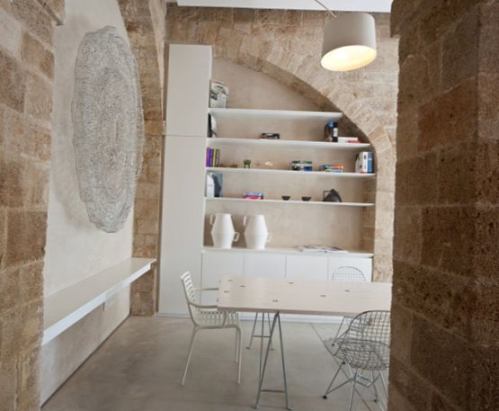 Apartment-design-in-cave-2.jpg
