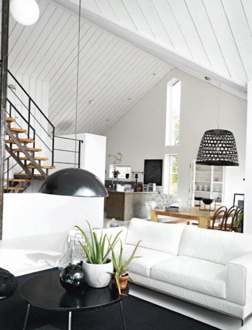 Black-and-white-Sweden-2.jpg