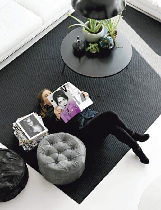 Black-and-white-Sweden-4.jpg