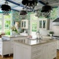 Bright-floral-Wallpaper-in-the-kitchen-thumbnail.jpg