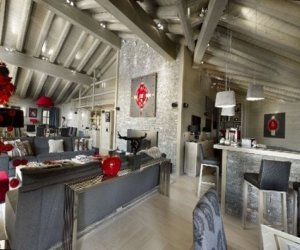 Chalet Baltoro – modern design of house in Alps