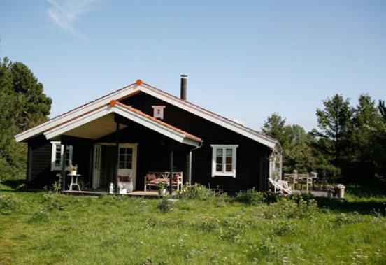 Danish-summer-house-1.jpg