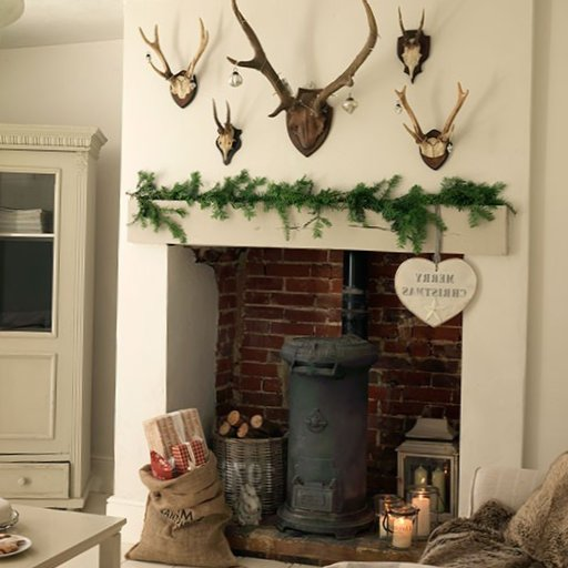 English-Christmas-Interior-Decorations-3.jpg